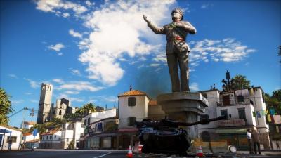 DiRavello_statue_1